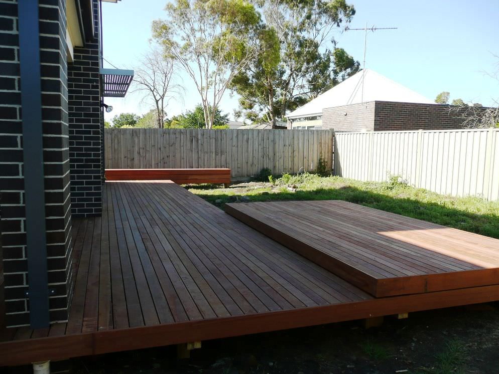 Raised deck platforms of varying heights